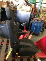 Lot 34 - HIGH BACK RECLINING EQUIPMENT SEAT