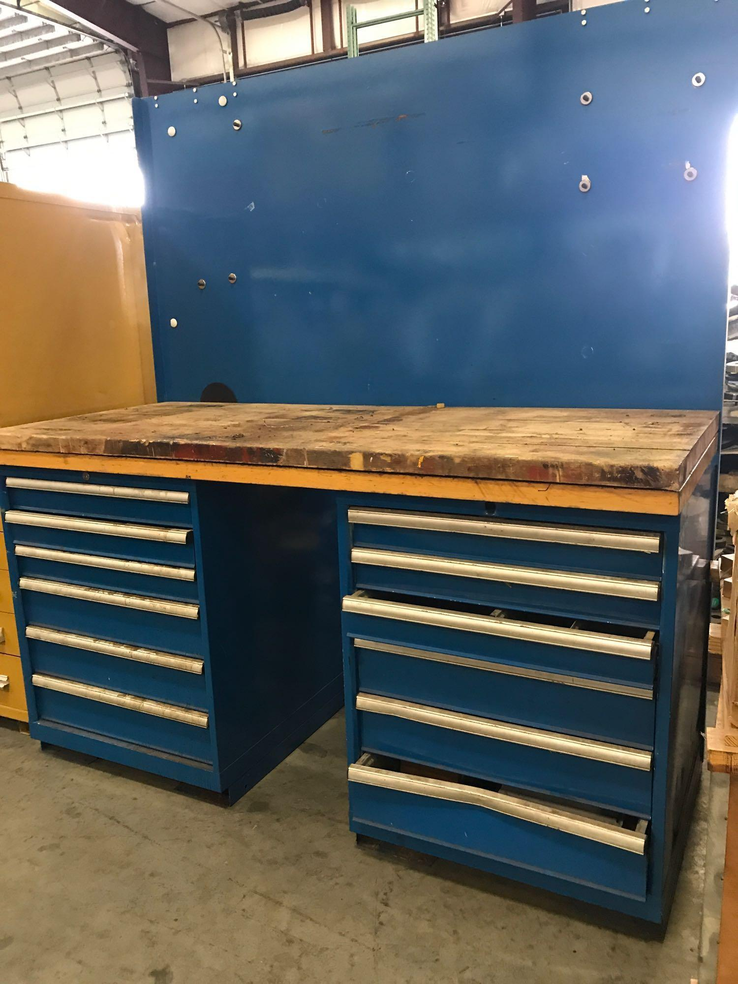 Lot 51 - 11 DRAWER INDUSTRIAL WORK BENCH