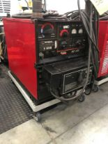 Lot 5 - LINCOLN ELECTRIC DC-400 WELDER