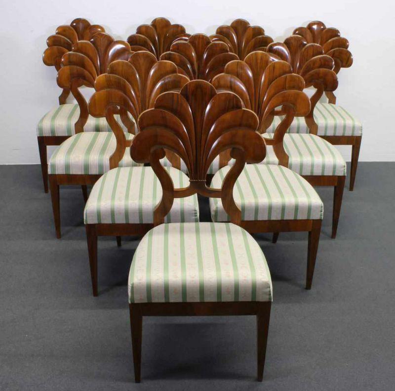 10 Stühle, Wiener Biedermeier-Stil, 20. Jh., in der Art von Josef ...