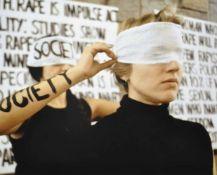 """Lazy, Susanne (1945 Wasco - USA) """"Society"""" / """"Rape"""", Fotoreproduktion auf Alu, 49,0 x 59,0 cm"""