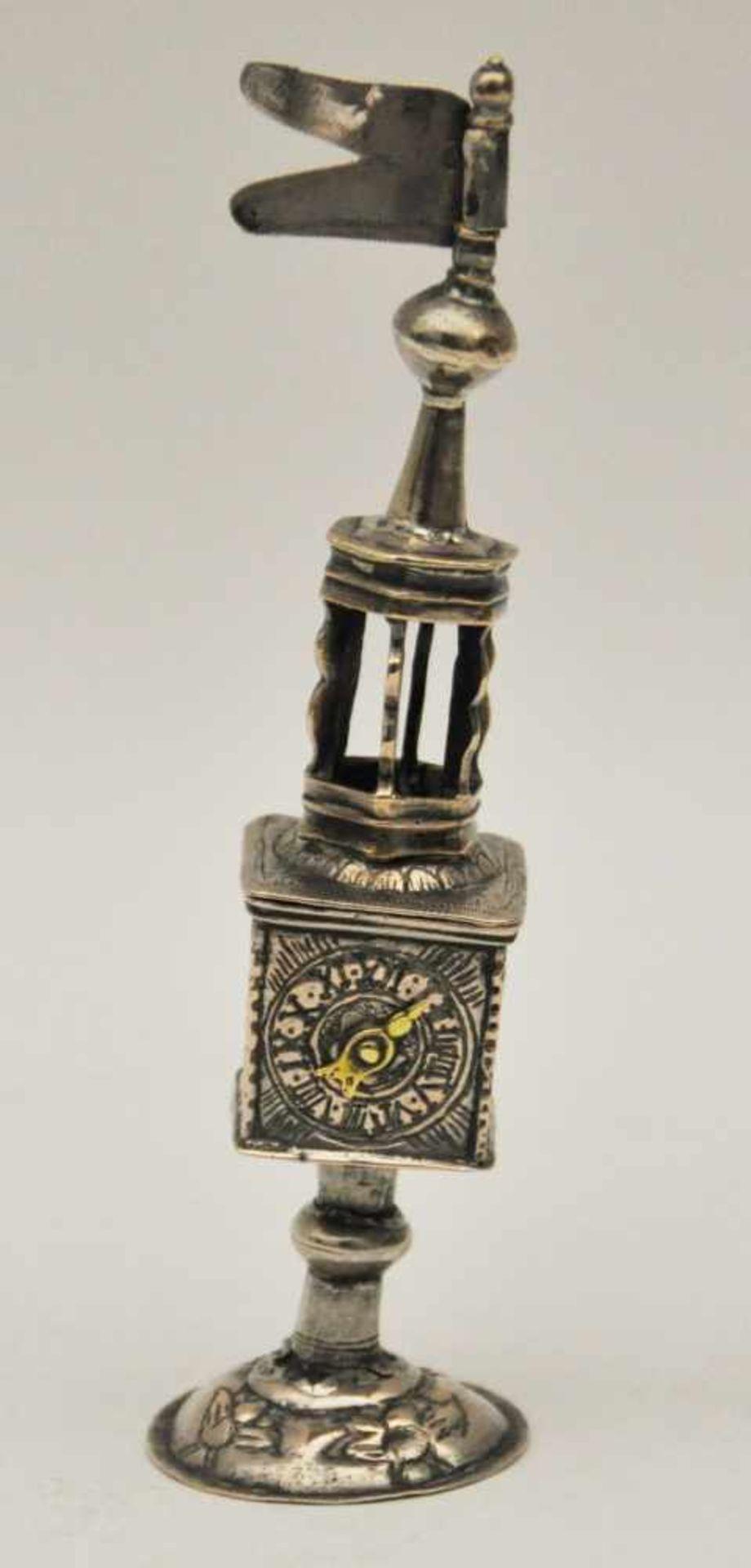Besamin Türmchen, Deutsch 17./18. Jh.Fein gearbeitetes altes Türmchen,Silber, Gewicht 64 g,
