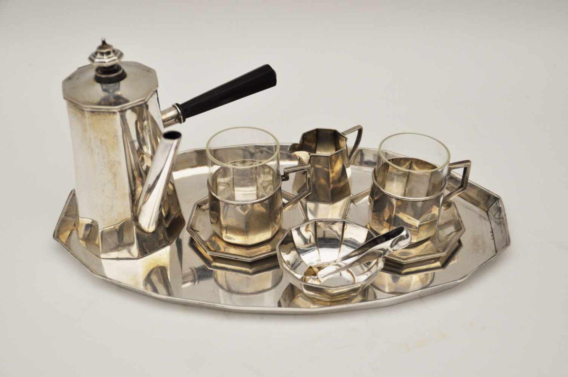 Los 60 - Mokkaservice, Deutsch um 19307 teiliges Mokkaservice,Silber 800, Brutto-Gew. 590 g