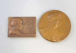 2 x Bronze - Medaillen Belgien 1932/35dabei Plakette Aristide Briand (1862-1932), Congres Economique