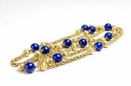 Lange Königskette 585 Gelbgold, 11 Lapislazuliperlen, Steckverschluss mit Sicherheitsacht,