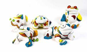Jackie Bouw (1948 Sliedrecht, Niederlande) 5-tlg. Konvolut Keramikfrösche, 1991, Keramik, farbig