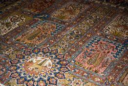SaroughWolle auf Wolle, Familiengebetsteppich mit 16 Mihrab (Gebetsnischen), 450 cm x 350 cm,