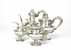 Dejeuner4-tlg., Italien, 19. Jh., 800 Silber, 2 Kannen, Zuckerdose und Milchkännchen, unterseitig