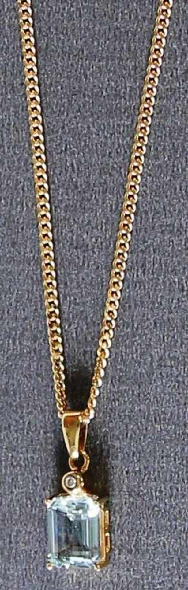 585er Gold Brillant Collier mit Aquamarin, NOS Brillant 0,015 ct., W/Si, 52 cm lange Panzerkette,