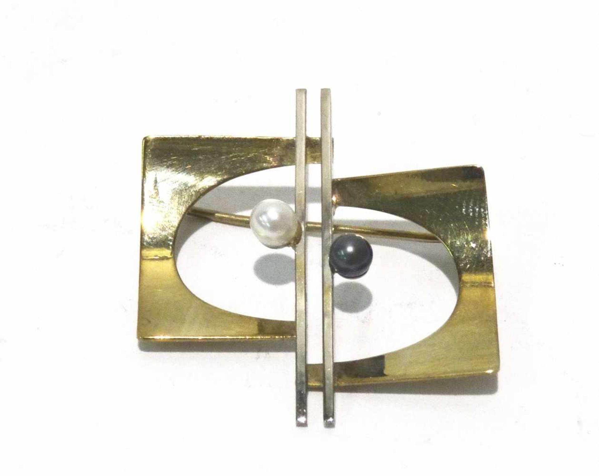 333 Gold Brosche / Nadel 2-farbig mit 2 Perlen besetzt, ca. 3 x 3cm, Gewicht ges. ca. 2,7g