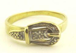 Damenring 333 Gold Diamant in Form einer Schnalle, RG 50, Gewicht ges. ca. 1,7g