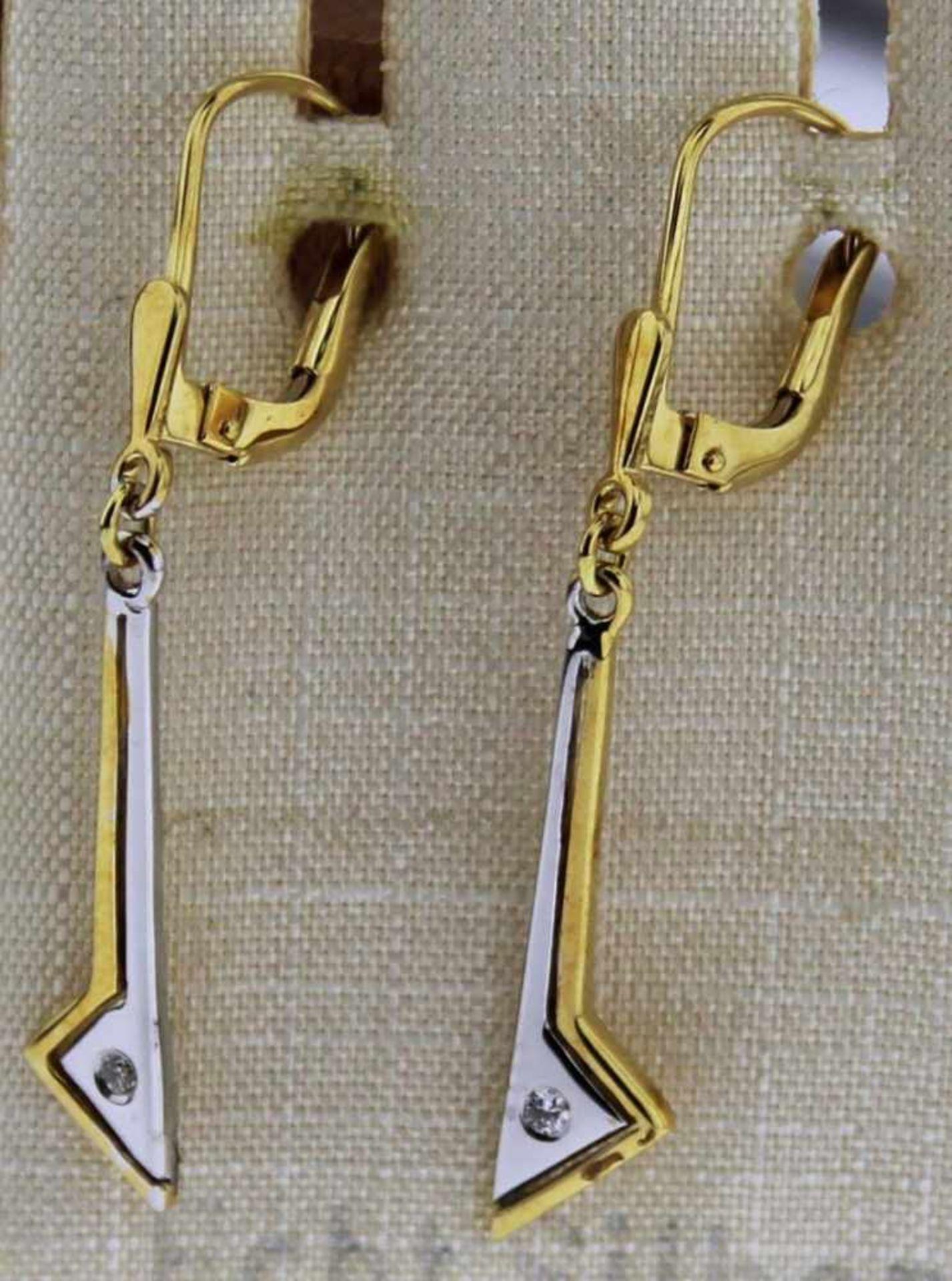 Ohrhänger 585 Gold mit Brillant, NOS Gesamtgewicht ca. 2,1 Gramm, Brillant zus. ca. 0,02 ct. ,