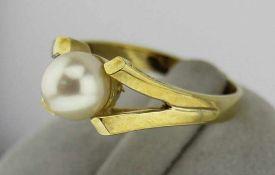 Damenring mit Perle in 333 Gold, NOS Gr. 55, Gesamtgewicht ca. 3,2 Gramm, Zuchtperle Durchmesser ca.