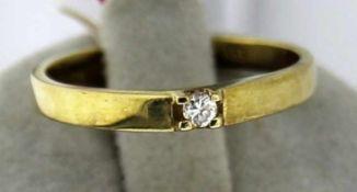Damenring mit Brillant 333 Gold, NOS Gr. 54, Brillant 0,05 ct. W/PI, Gesamtgewicht ca. 1,9 Gramm,