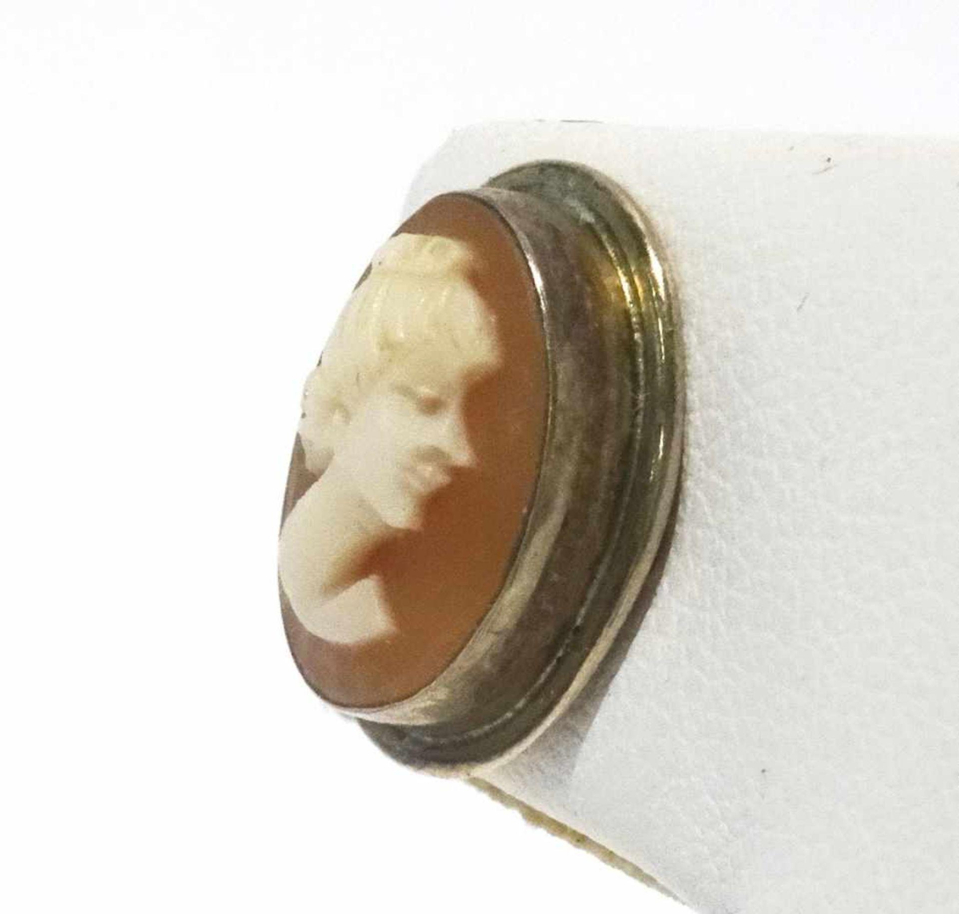 800 Silber Ohrstecker mit Gemme in vergoldeter Zargenfassung, Gemme ca. 12x9 mm, Gewicht ges. ca. - Bild 2 aus 3