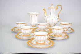 Meissen X-Form Kaffee Set 20 TeileKaffeeservice für 6 Personen, Blumenvase, Maße: Höhe 17,5 cm,