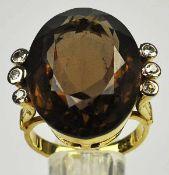 RING großer, ovaler, geschliffener Rauchquarz 22,5x16mm, mit seitlich je 3 kleinen Diamanten auf