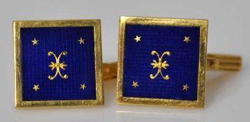 PAAR MANSCHETTENKNÖPFE viereckig, blaues Email mit eingelegten Goldelementen als Dekor, Gelbgold