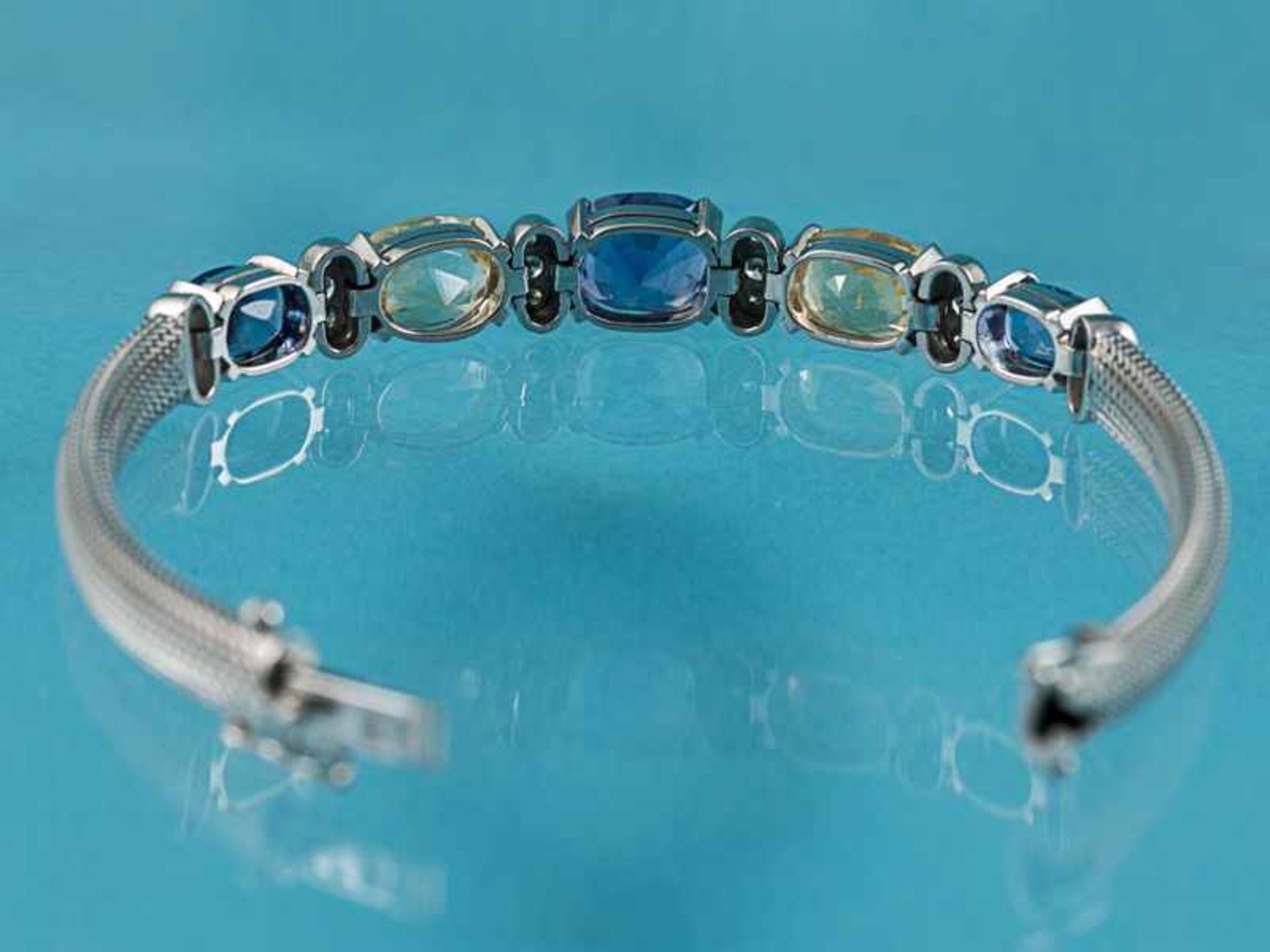 Armband mit gelben und blauen Saphiren, zusammen ca. 13,1 ct und 18 Brillanten, zusammen ca. 0,3 ct, - Bild 4 aus 5