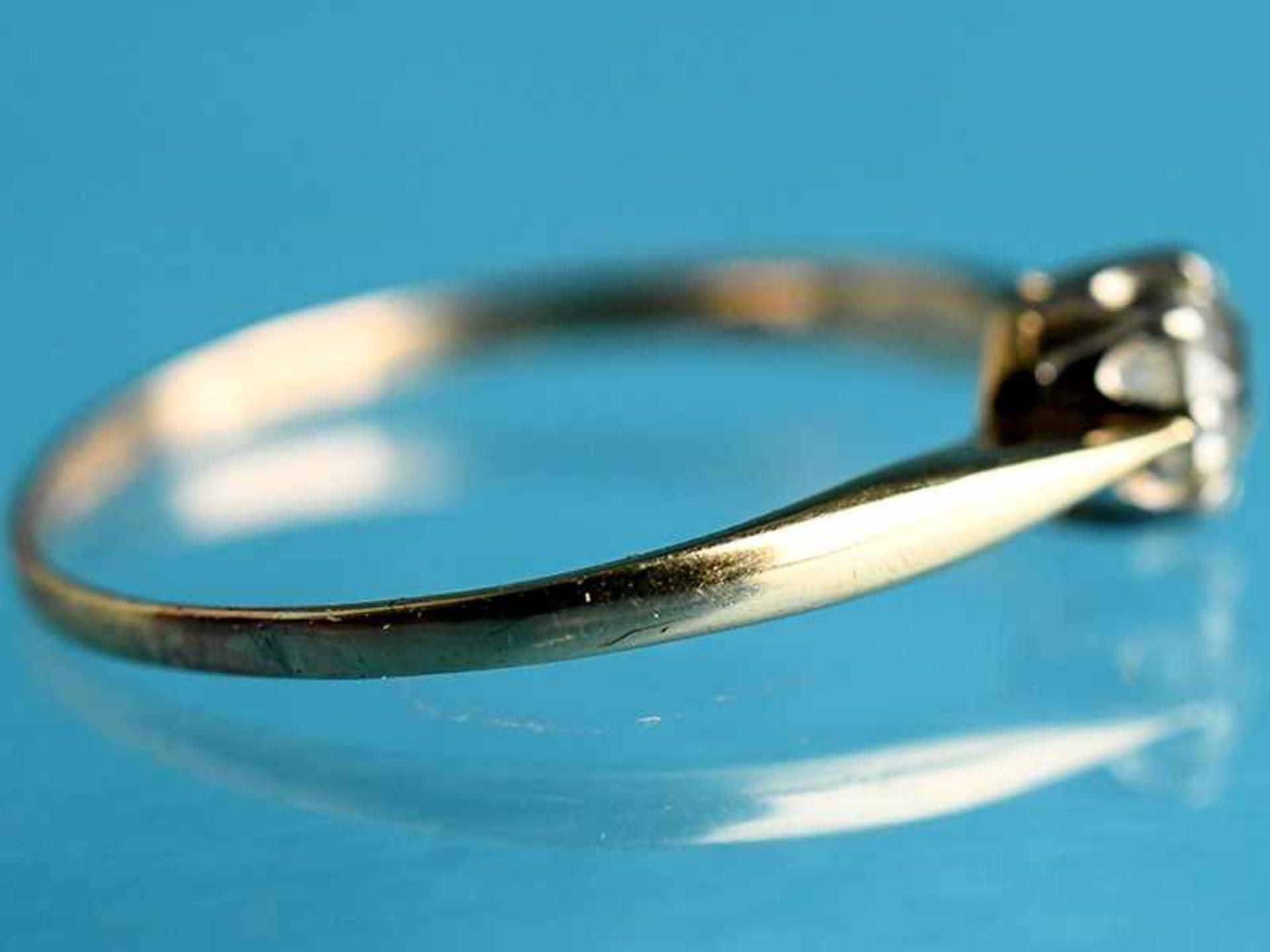 Ring mit Altschliff-Diamant ca. 0,4 ct, Anfang 20. Jh. 585/- Gelb- und Weißgold. Gesamtgewicht ca. - Bild 2 aus 4