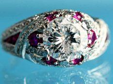 Ring mit Brillant ca. 1,8 ct und kleinen Diamanten, zusammen ca. 0,2 ct und 18 Rubinen, zusammen ca.