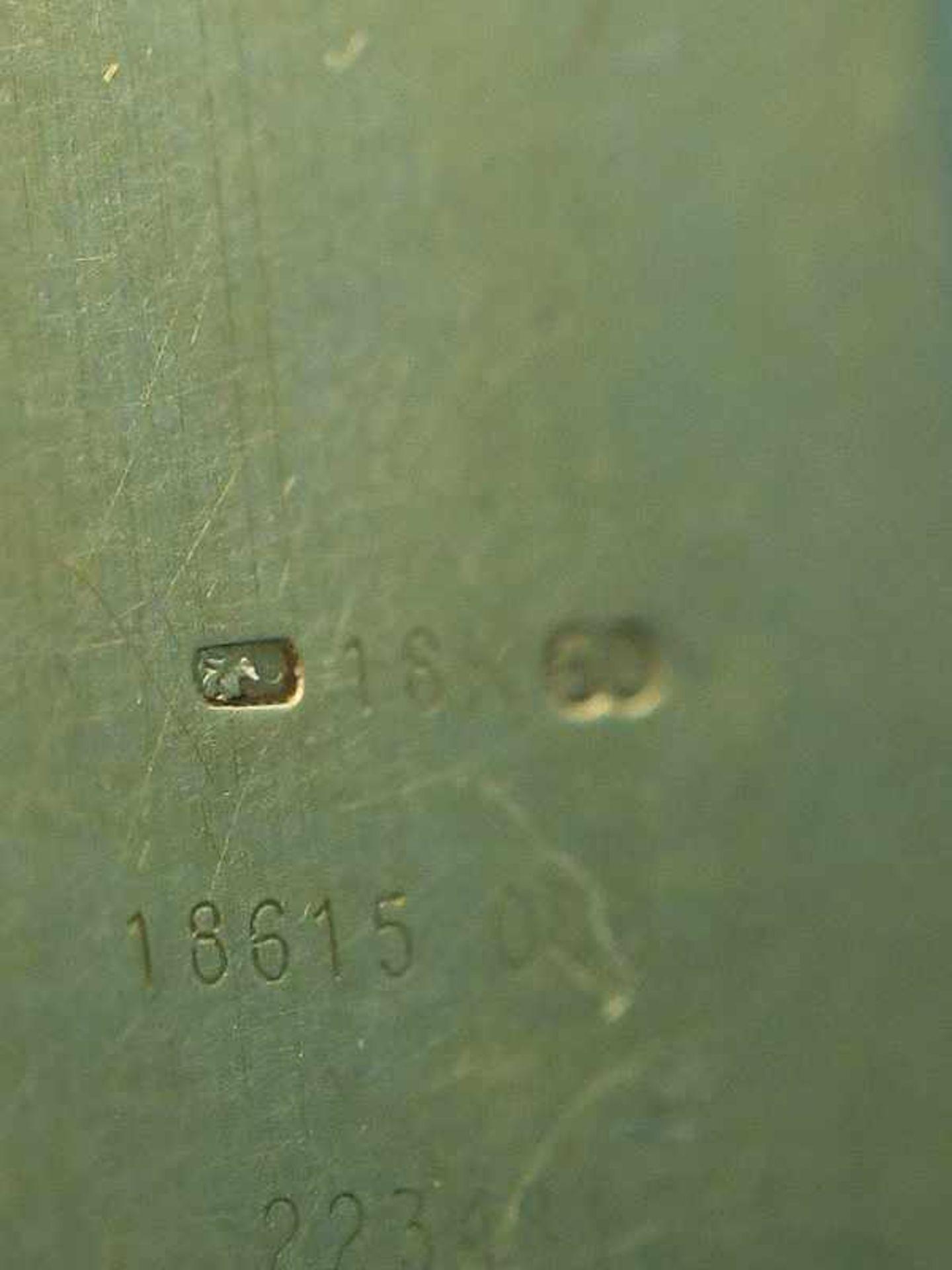 Damenarmbanduhr mit Brillanten, zusammen ca. 0,5 ct, bezeichnet Baume & Mercier, Geneve, 20. Jh. - Bild 5 aus 7