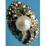 Ring mit Perle, Türkisen und Diamantrosen, 20. Jh. 585/- Gelbgold mit Silber parkettiert.