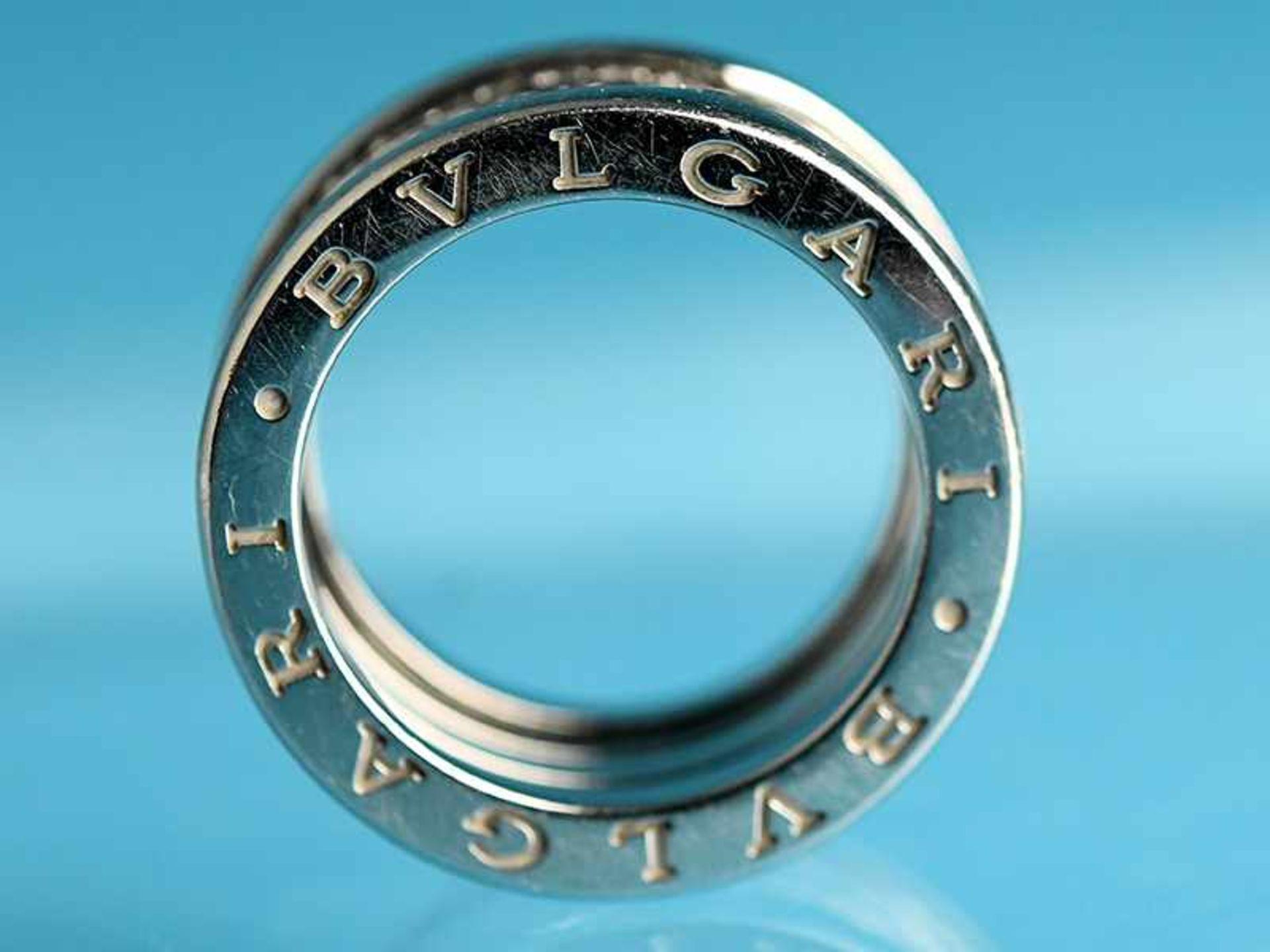 """Ring mit Brillanten, zusammen ca. 1 ct, BVLGARI, Modell """"B Zero1"""", 20. Jh. 750/- Weißgold. - Bild 2 aus 4"""