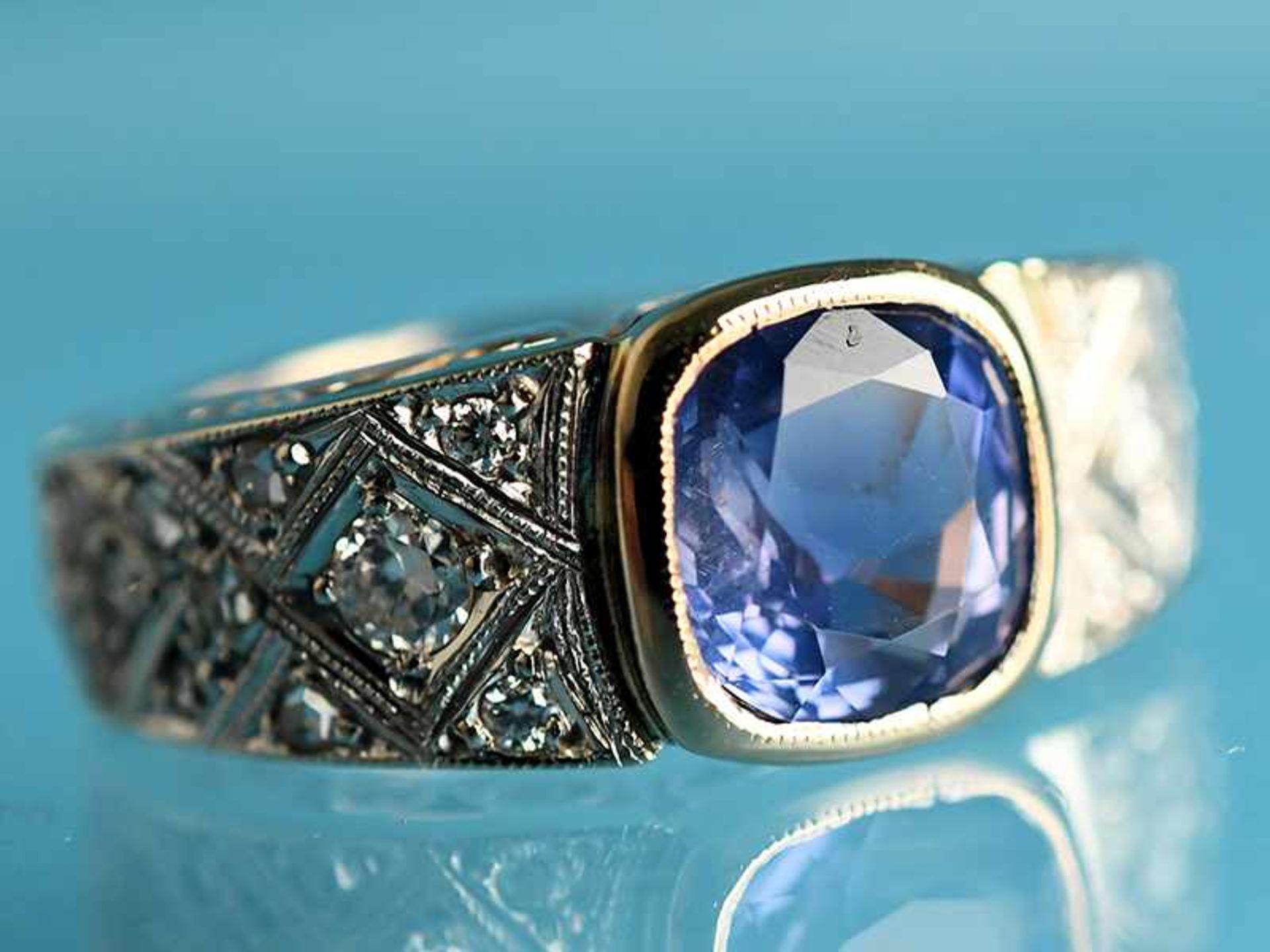 Ring mit Saphir und Diamanten, zusammen ca. 0,2 ct, Art Deco 585/- Gelb- und Weißgold. Gesamtgewicht