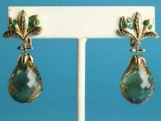 Paar Ohrgehänge mit kleinen Smaragdsteinen und Citrin-Pampeln, Goldschmiedearbeit, 20. Jh. 750/-