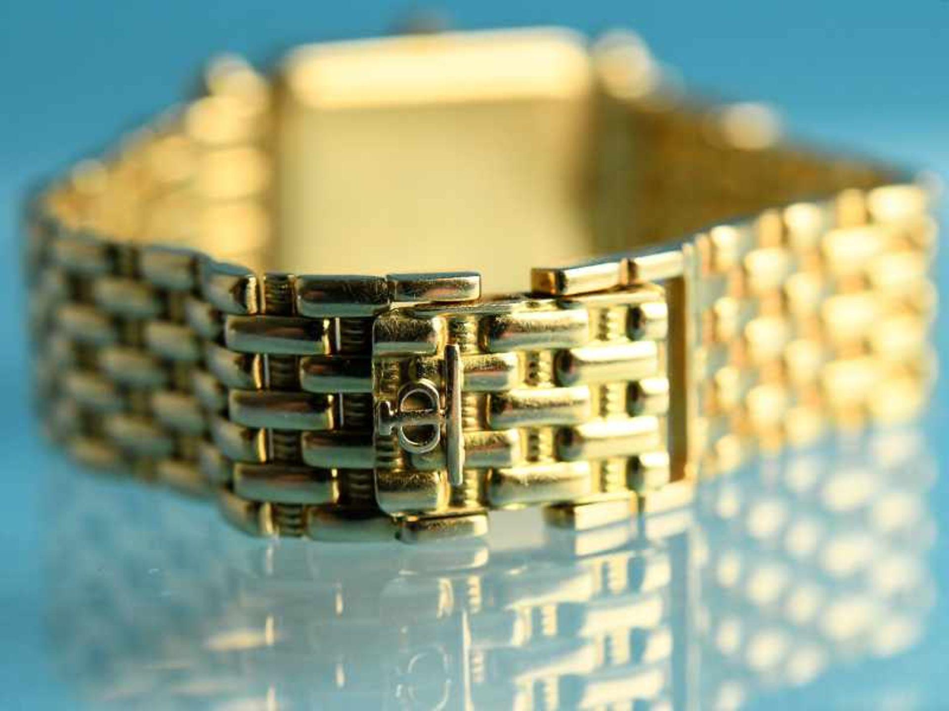 Damenarmbanduhr mit Brillanten, zusammen ca. 0,5 ct, bezeichnet Baume & Mercier, Geneve, 20. Jh. - Bild 7 aus 7