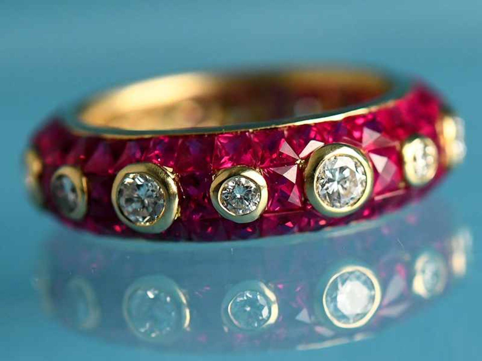 """Ring mit Rubinen, zusammen ca. 3,5 ct und 14 Brillanten, zusammen ca. 1,1 ct, Juweliersarbeit """""""