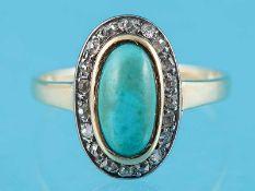 Antiker Ring mit Türkis-Cabochon und 19 Achtkant-Diamanten, zusammen ca. 0,2 ct, um 1900 585/-
