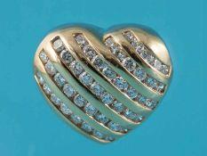 Herzanhänger mit 46 Brillanten, zusammen ca. 0,9 ct, Juwelier Hans Paul Buchwald, Frankfurt, 90-er