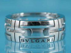 """Ring, Modell """"Parentesi"""" von BVLGARI, Italien, 20. Jh. 750/- Weißgold. Gesamtgewicht ca. 7,2 g."""
