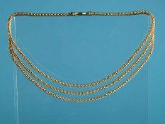 Dreireihiges Collier, 21. Jh. 750/- Gelbgold. Gesamtgewicht ca. 42,2 g. Dreireihiges Collier aus