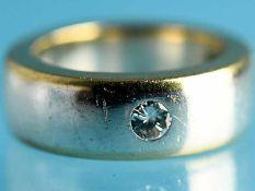 Bandring mit einem Brillanten ca. 0,10 ct, Goldschmiedearbeit, 21. Jh. 925/- Silber und 750/-