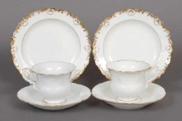 Paar MEISSEN Tassen mit Untertassen und Kuchentellern 19. Jhdt., sog. ¨B-Form¨, Weißporzellan mit