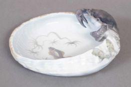 ROYAL COPENHAGEN Krebsschale 20. Jhdt., ovale Schale mit Korbrelief und plastisch gearbeitetem