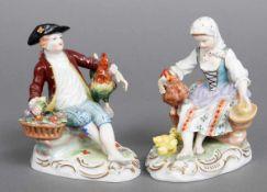Paar POTSCHAPPEL Porzellanfiguren ¨Bauernpaar mit Hühnern¨ Dresden, 2. Hälfte 20. Jhdt., farbig