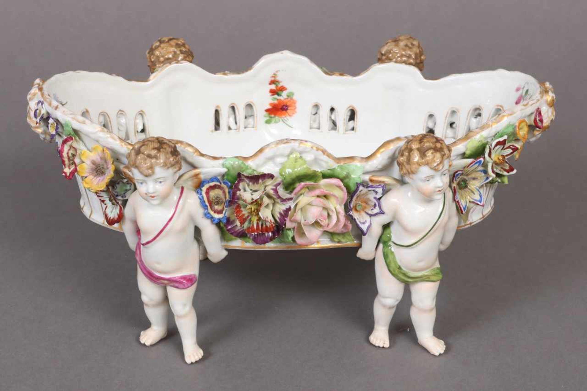 Los 8 - SCHIERHOLZ/PLAUE Porzellan-Jardiniere um 1907-1927, von 4 Amoretten getragene ovale Schale,