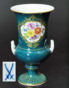 Amphorenvase. MEISSEN. Amphorenvase. MEISSEN 1972 - 1980, 1. Wahl. Grüne Vase mit seitlichen