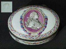 Tabatiere mit Porträt des Kurfürsten Maximilian III. Joseph von Bayern. Tabatiere mit Porträt des