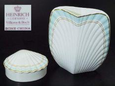 Muschelschale. Vase. Muschelschale. Vase. VILLEROY & BOCH Heinrich Bone China, 20. Jahrhundert.