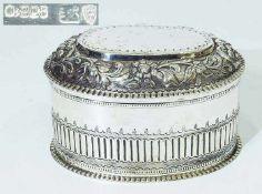 Teedose.Teedose. TOPAZIO/Portugal, 925er Silber, innen vergoldet. Ovale Form mit strukturierter