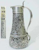 Deckelkrug mit Sterlingsilber-Montierung. Deckelkrug mit Sterlingsilber-Montierung. 19. Jahrhundert.