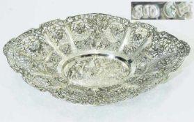 Durchbruchschale.Durchbruchschale. Deutsch, 20. Jahrhundert. 800er Silber punziert. Gemuldete