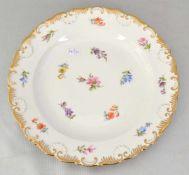 Teller rund, Goldrand, Rand und Spiegel mit bunten Feldblumen verziert, Dm 22 cm, blaue