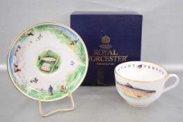 Tasse mit Untertasse, mit Fischmotiven verziert, FM Royal Worcester
