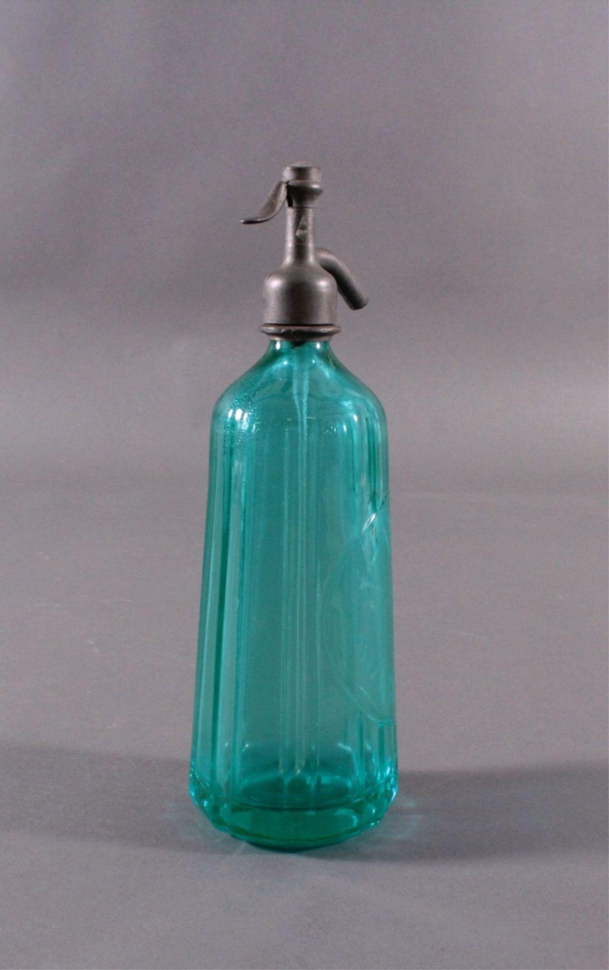Soda - Flasche aus den 20er/30er JahrenKristall blau, gerippte, konisch nach oben verjüngendeWandung - Bild 2 aus 5